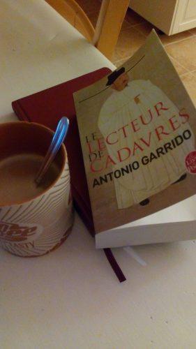 Le lecteur de cadavres, Antonio Garrido